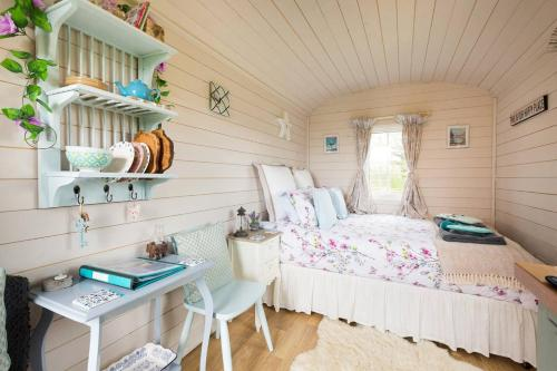 Letsaway - Elsie, Shepherds Hut, Durham Farm