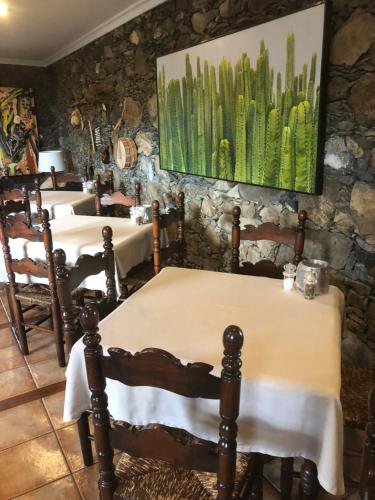 A restaurant or other place to eat at Hotel Rural Ibo Alfaro