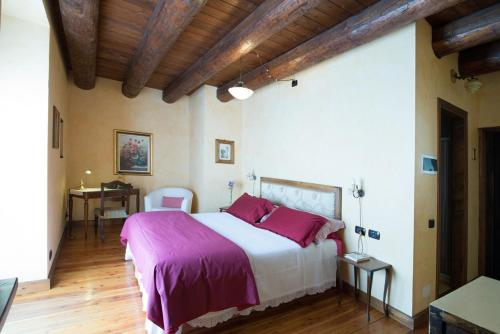 Letto o letti in una camera di Casa Visnenza Bed & Breakfast