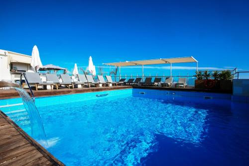 The swimming pool at or close to Capsis Astoria Heraklion