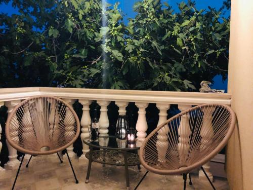 Balkón alebo terasa v ubytovaní Garden Apartment near Trogir, with Swimming Pool and Barbecue Area