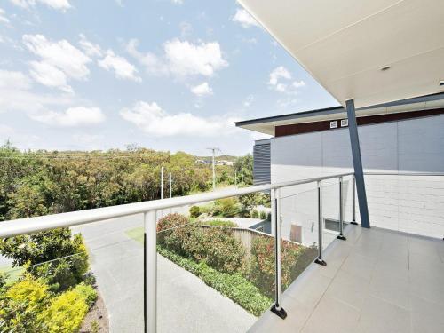A balcony or terrace at Casa al Mare @ Fingal Bay