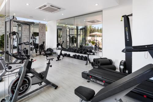 The fitness centre and/or fitness facilities at One Hyde Park - Sandton