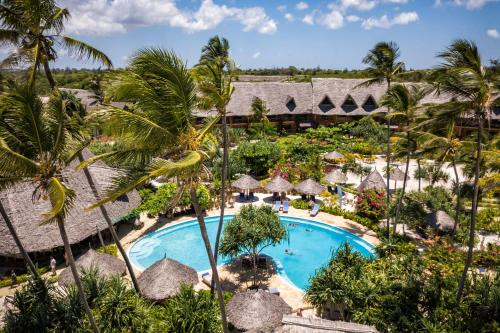 A view of the pool at Zanzibar Queen Hotel or nearby