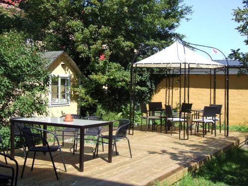 En restaurang eller annat matställe på Villa Nore