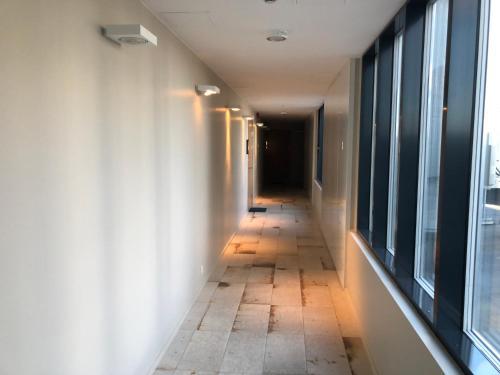 Rõdu või terrass majutusasutuses Jõe Apartments