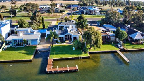 A bird's-eye view of Mulwala 105 - Water Lovers Paradise
