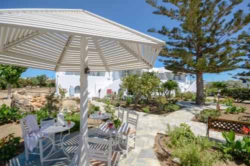 Restauracja lub miejsce do jedzenia w obiekcie Maroussa Studios