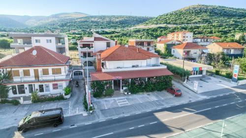 A bird's-eye view of Hotel Trogirski Dvori