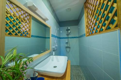 A bathroom at La Cannelia