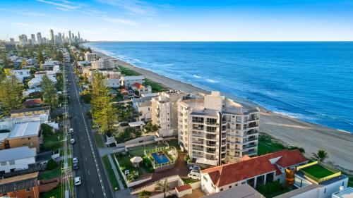 A bird's-eye view of Foreshore Beachfront Apartments