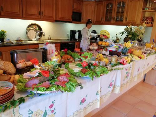 A kitchen or kitchenette at Vila De Sol