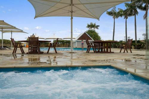The swimming pool at or near The Oaks Waterfront Resort, Unit 502