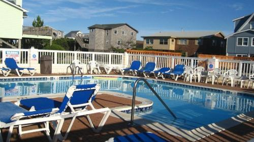The swimming pool at or near Hatteras Island Inn