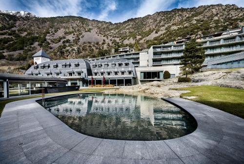 The swimming pool at or near Andorra Park Hotel