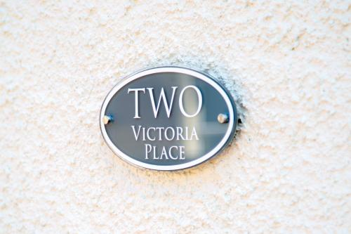 2 Victoria Place