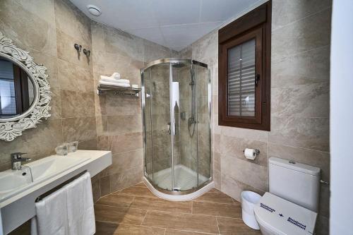 A bathroom at Hotel Bajamar Ancladero Playa