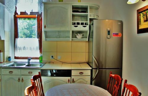 Kuchnia lub aneks kuchenny w obiekcie Dom Natury