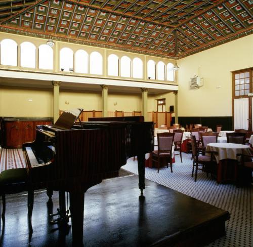 Mesa de billar en Gran Hotel Balneario