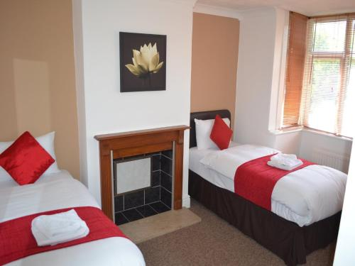 A bed or beds in a room at BSL - Filton