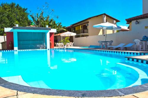 The swimming pool at or near Residencial Nazareth - Tonziro