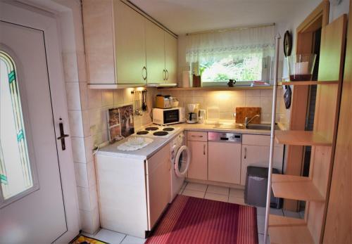 Küche/Küchenzeile in der Unterkunft Ferienhaus Reher