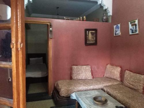 A seating area at Dar Rmila 4