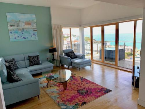 4-bedroom Penthouse - Fistral Beach