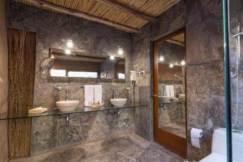 Um banheiro em Hotel Cumbres San Pedro de Atacama