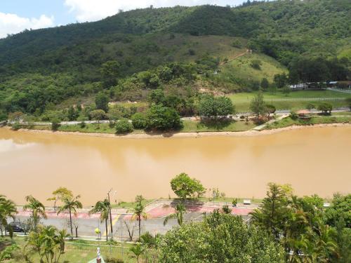 Uma vista aérea de Flat no Hotel Cavalinho Branco