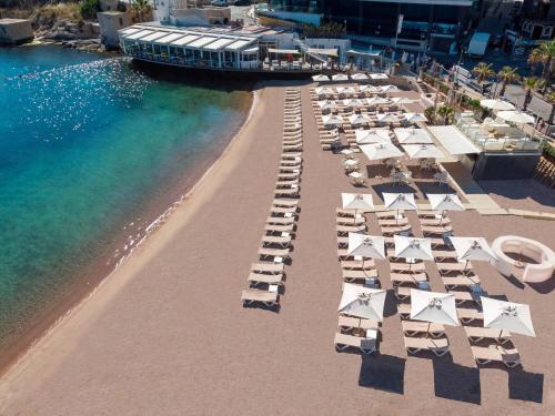 Een luchtfoto van InterContinental Hotels - Malta, an IHG hotel