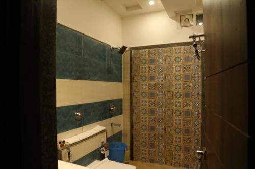 A bathroom at Hotel Golden Fortune
