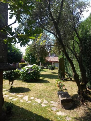 A garden outside Casa Rural Dona María