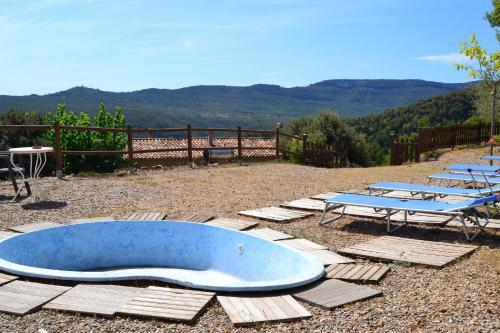 Piscina en o cerca de Mas de Caret Agroturisme
