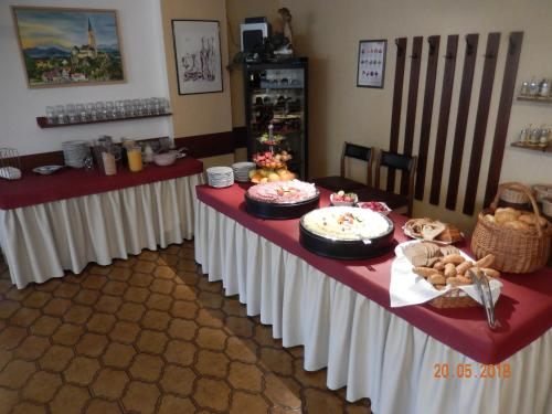 Hrana u hotelu ili u blizini