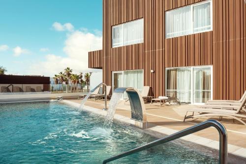 Het zwembad bij of vlak bij Playa Park Zensation