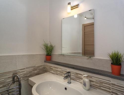 Un baño de La Candelaria
