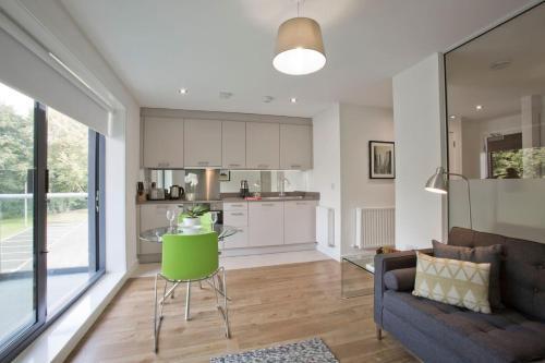 Luxury Studio Apartment in Stoneywood, Aberdeen