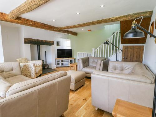 A seating area at Knolls Farm Cottage