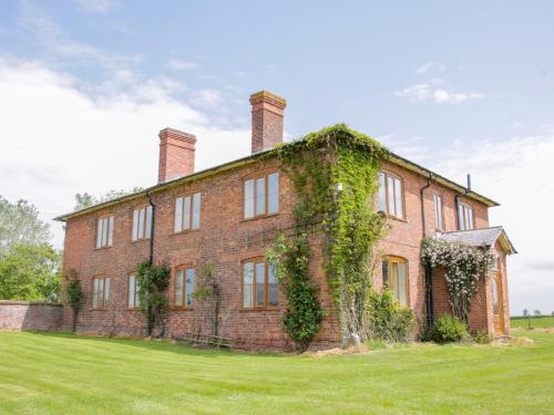 Kenwick Farm House