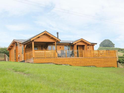 Manor Farm Lodges - Dragon Lodge