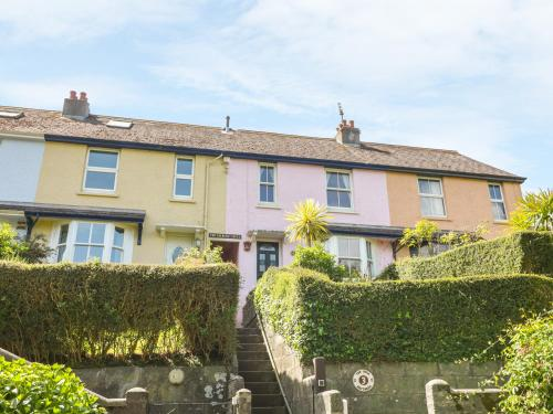 3 Top View Cottages