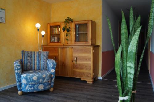 """Ein Sitzbereich in der Unterkunft Wirtshaus & Pension """"Zum Hammer"""""""