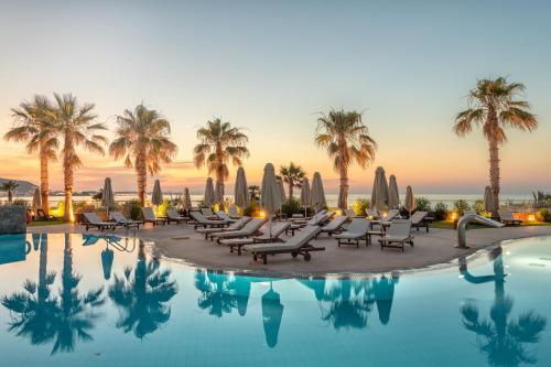 Πισίνα στο ή κοντά στο Ikaros Beach, Luxury Resort & Spa