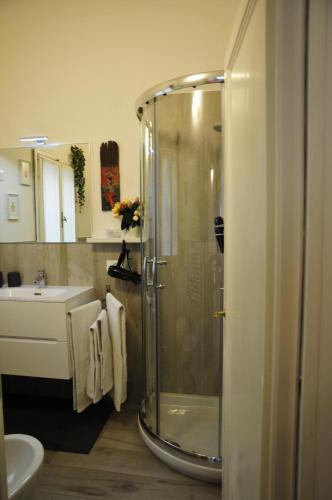 A bathroom at Conte Canacci