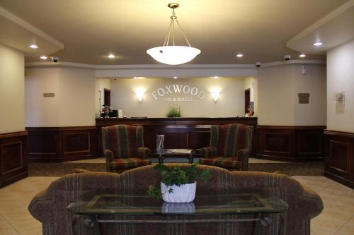 The lobby or reception area at Foxwood Inn and Suites