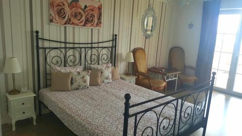 Кровать или кровати в номере Rooms Villa Harmonie - Adults Only +14