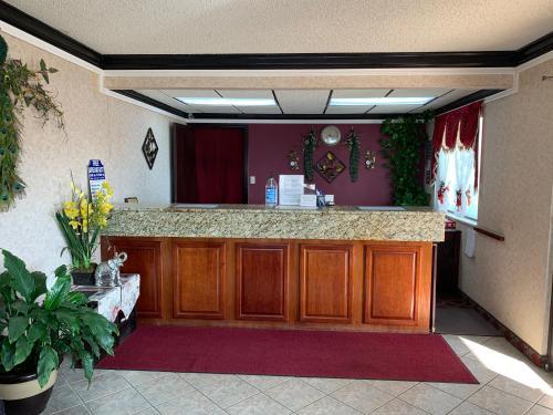 The lobby or reception area at Regency Inn