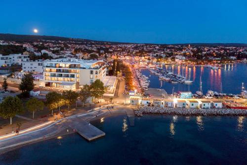 A bird's-eye view of Luxury Hotel Riva