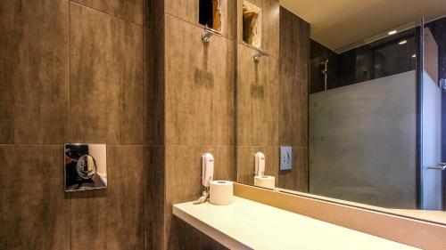 A bathroom at Achillion Palace